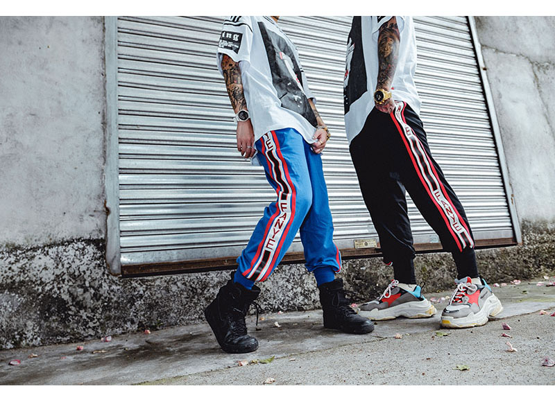 Aolamegs Pants Men Side Striped Pants Track Pants Male Trousers Elastic Waist Fashion High Steet Joggers Sweatpants Streetwear (17)