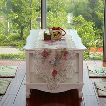 2016 New Hot 40*200cm Elegant Europe Jacquard Floral Lace Table Runner Delicate Printed Flower Lace Table Towel Cloth Covers
