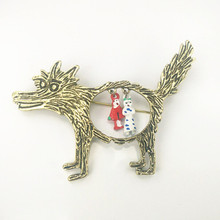 2016 Collar Brooches Pins Brooches Vintage Wolf Brooch jewelry Little Red Riding Hood Unique Epaulette Brooches  Scarves Shawls