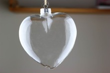 Dia13cm Clear Glass Heart Christmas Ornament Heart Decoration Event Party Memory Balls Wedding Supplier Balls x 4(China)