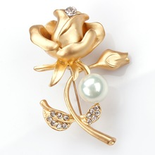 New Stylish Metal Rose Flower Brooches encrusted with crystal and simulated pearl for girlfriend lover