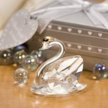FREE SHIPPING+Choice Crystal Collection Lovely Crystal Swans Figurine Wedding&Bridal Shower Favors(China)