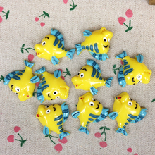 10 Pieces Flat Back Resin Cabochon Kawaii Cartoon Fish DIY Flatback Decorative Craft For Hair Bow Scrapbooking Charm:30*35mm(China)