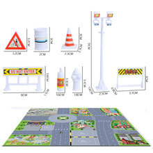 p017 12pcs  Urban Traffic Safety facilities signs indicative signs crash barriers and the scene graph combination package