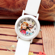 The new 2017 luminous tape jelly ice colors children watch girls fluorescence not waterproof quartz watch(China)