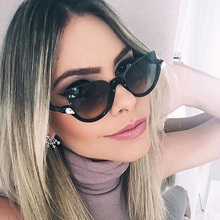 Italy Luxury Sunglasses Women Brand Half Farme Design Lady Driving Sun Glasses Cat Eye Shades Unique Crystal Chic Lunette Femme