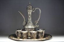 design Decorate Chinese ancient Tibet silver 1 teapot and 6 cup and tray tools wedding Decoration Brass