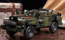 Retro Iron Military Vintage Cars Land Rover Battlefield Car Vehicle Model Articles Props