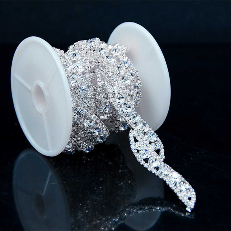 Free shipping S shape 1 Yard Crystal Rhinestone Trim Silver flower Stone Chain  Applique Bridal banding 01220875d1cb
