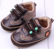 Fashion 2015 Baby Shoes Rubber Brown Crocodile Popular Infant Toddler Shoes Age 0-18 Month First Walker Shoes(China)