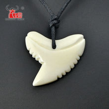 1PC Hawaii Handmade Carved New Zealand Maori Yak Bone Necklace Shark teeth Pendant Tribal Style Women Men Surfer Choker Gift