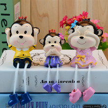 A family of three at three of the monkey ornaments resin crafts creative Home birthday gift (ft382)(China)