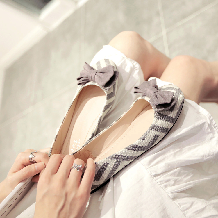 The new spring and autumn 2017 han edition with womens shoe tide flat bow round head flat shoes<br><br>Aliexpress