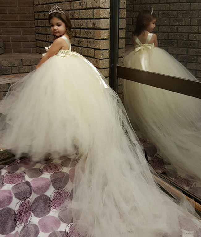 White Princess Children Flower Girl Dresses for Weddings Kid Girls Party Pageant Dress with Long Train for Girls Dress Age 12 13<br><br>Aliexpress