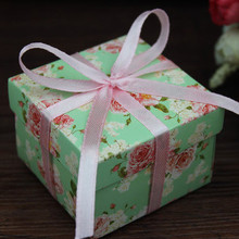 50pcs/lot Small Zize Purple  and green Flower Candy Boxes for Wedding Invitations Wedding Gifts and Favor Holiday Supplies
