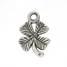 Silver Charms Pendants Metal Alloys 100pcs Tibetan Silver Four-Leaf Clover Charm Pendant DIY Jewelry Findings 15X10mm S6835