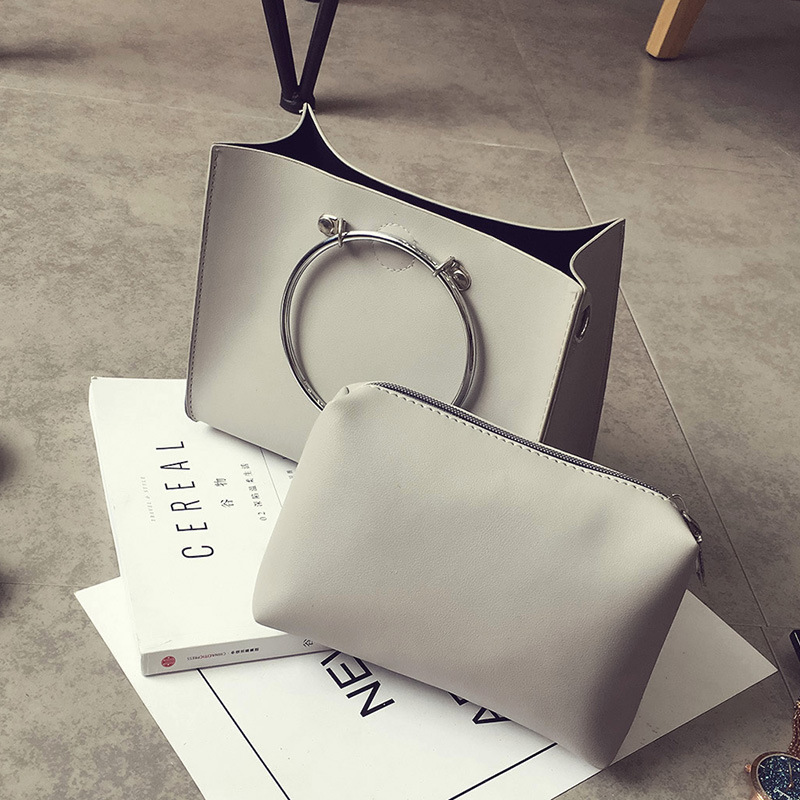 2017 Fashion Women Small Bucket Handbags Leather Metal Ring Tote Bags Ladies PU Shoulder Ring Bags Lash Package High Quality Sac<br><br>Aliexpress
