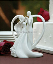 Free Shipping Just Arrival Dancing Bride and Groom with Heart Couple Figurine Ceramic Wedding Cake Topper