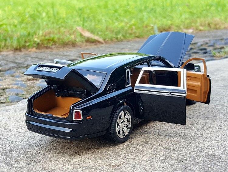 124 XLG Rolls-Royce Phantom (8)