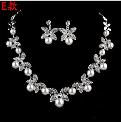 High Quality Silver Luxury Oversize Crystal Wedding Jewelry Sets Hollow-out Flower Necklace&Earrings Set For Woman (4)
