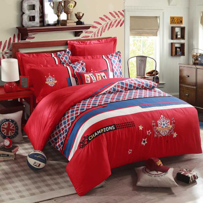 Plaid Red Embroidery Comforter Quilt Bedding Sets King Queen Size Champions Soccer Bedspreads European Style Duvet
