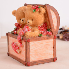 Hot Sale Treasure Chest Lovers Bears Money Box Resin Craft Piggy Bank Saving Pot Lovers Birthday Gift Home Table Decoration WZ