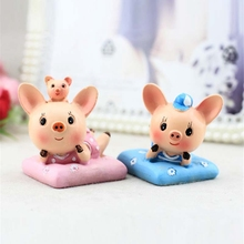 2pcs/set Cute Cartoon Mini Pig Model Creative Animal Ornaments Gift Decoration Resin Handicrafts Home Decoration Pig Figurine(China)