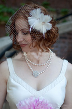 Elegant Tulle Feather And Pearls Wedding Bridal Hats and bird cage veil Fascinators/Headpiece/Party Hat/Corsage(China)