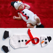 2016 New Crochet Knitted Snowman Hat Cap Baby Romper Scarf and Shoes Set Newborn Halloween Costume Knitted Photo Props JC016