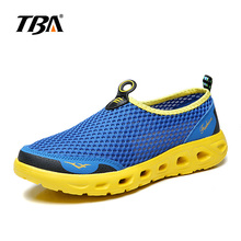 Men Spring And Summer Breathable sport shoes Mesh Upper slip on Black Gray White Running Shoes Outdoor Athletic sneakers 1416