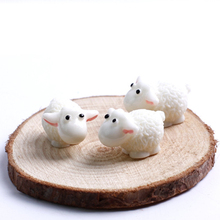 5Pcs/lot Cute Resin Mini Sheep Home Micro Figurines Miniatures Home  Wedding Party Decor DIY Accessories Approx 1.5*2cm