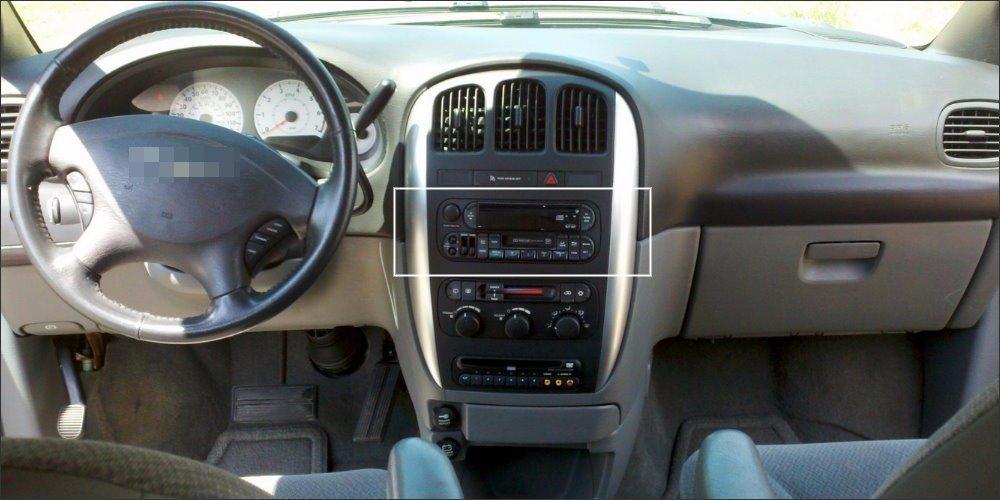 Jeep-Liberty-Interior-Dashboard