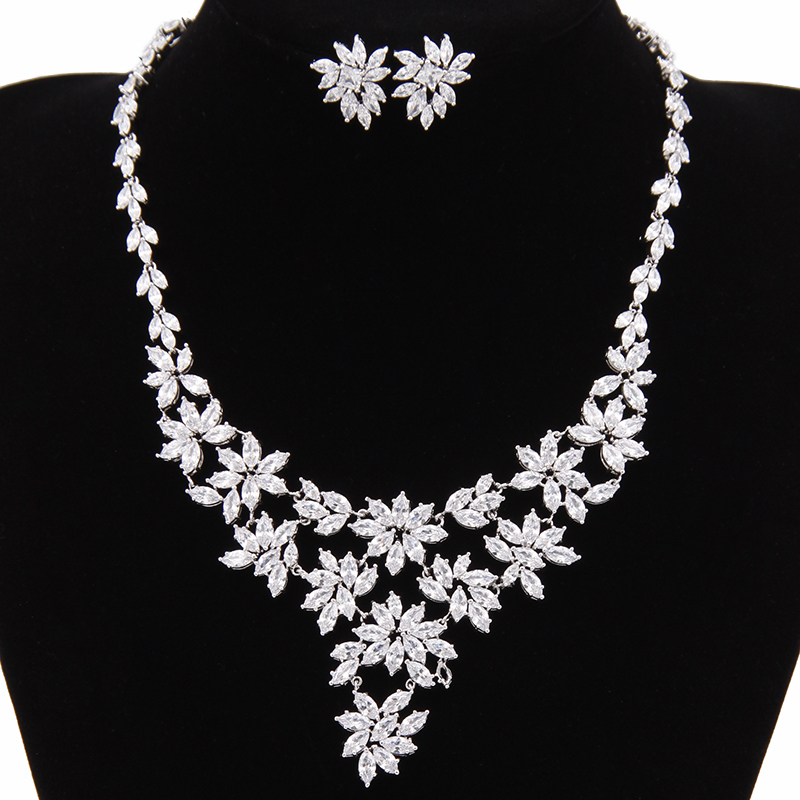 African BeadsJewelry Set Nigerian Wedding Bridal Necklace Flower Stud Earring Crystal Choker Statement Necklace Bridesmai AS057