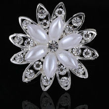 Retail And Wholesale Silver Plated Crystal Rhinestone Faux Pearl Brooch Pins Black Classic Hot Selling Welcome to buy