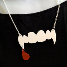Blood droping Vampire Cold Teeth Pendant Necklace for Party Sacring Jewelry(China)
