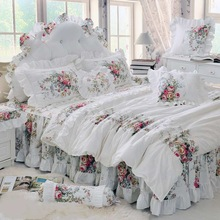 Luxury White Lace Princess Bedspread Duvet Cover Set 4/6pcs Red Flower Ruffles Bedding Sets Bed Skirt Bedclothes BedSheet Cotton