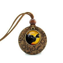 2017 New Design Round Wood Necklace Black Cat Pendant Black cat jewelry Glass Picture Pendant NWL-007