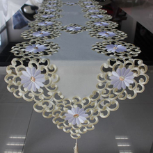 Luxury and elegant modern table runners for wedding decoration satin elegant table runner for party event decoration(China)