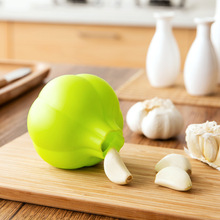 1PC Kitchen Ginger Garlic Manual Press Style Cooking Tool Silicone Garlic presses Blenders peeler Kitchen Accessory
