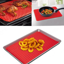 1Pc TV Direct Original Healthy Chef Raised Baking Sheet Silicone Roasting Mat 17*17cm