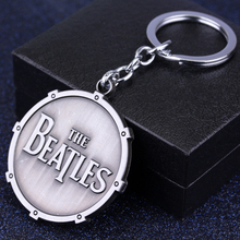 Free Shipping The Rolling Stones the Beatles Shield Round keychain Elders Rock Band the Beatles Ancient Metal Keyring For Men