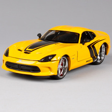 Maisto 1:24 Dodge 2013 SRT Viper GTS Sports Car Diecast Model Car Toy New In Box Free Shipping 31363