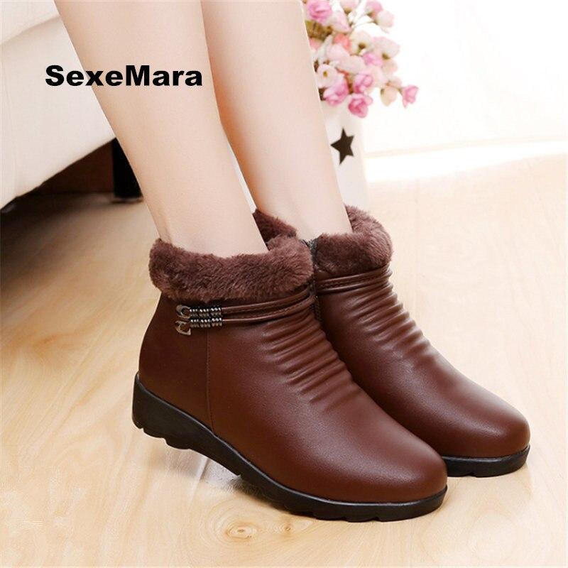 2017 winter fashion Women snow boots ladies woman flat short paragraph boots plus cashmere warm thick bottom woman casual shoes<br>
