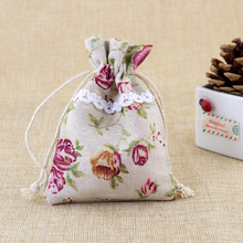 2017 New 50pcs/lot 8.5*12cm Cotton Bags Rose Design Wedding Favors Drawstring Gift bag Cute Jewelry Charms Gifts Packaging Bag