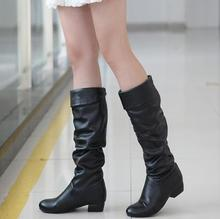 The new female boots frosted high boots thick with round head low heel shoes to heavy wear white yards knee-high boots