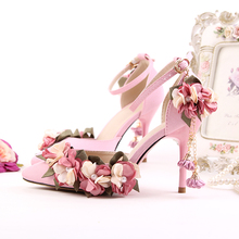 Korean version of the pink silk bridal shoes Pointed high with wedding shoes Lace flower pearl dress shoes Wrist strap sandals