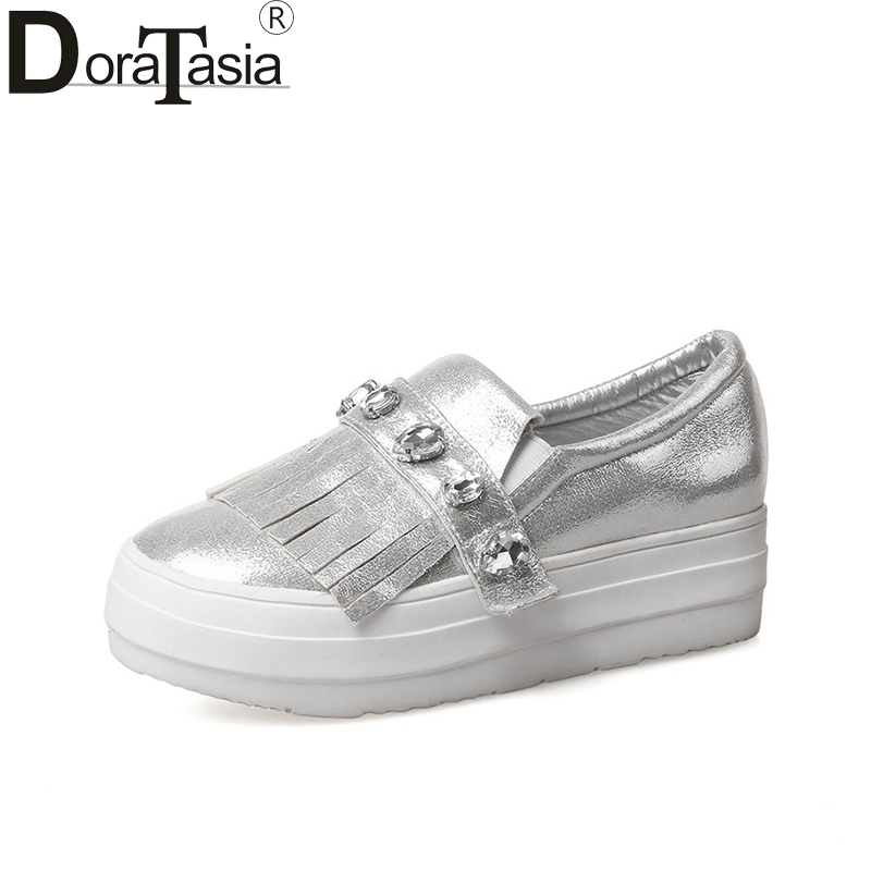 DoraTasia 2018 Spring Autumn Crystal Big Size 33-43 Slip-On Flat Tassel Loafers Shoes Woman Platform Shallow Casual Women Shoes<br>