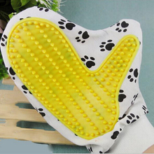 Mini Pet Cleaning Brush Comb Animal Massage Hair Removal Dog Bath Glove Grooming Random Color(China)