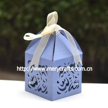 "300pcs/lot fancy favor box ""wave"" used wedding decorations for sale in china,wedding cake favor boxes made in china"