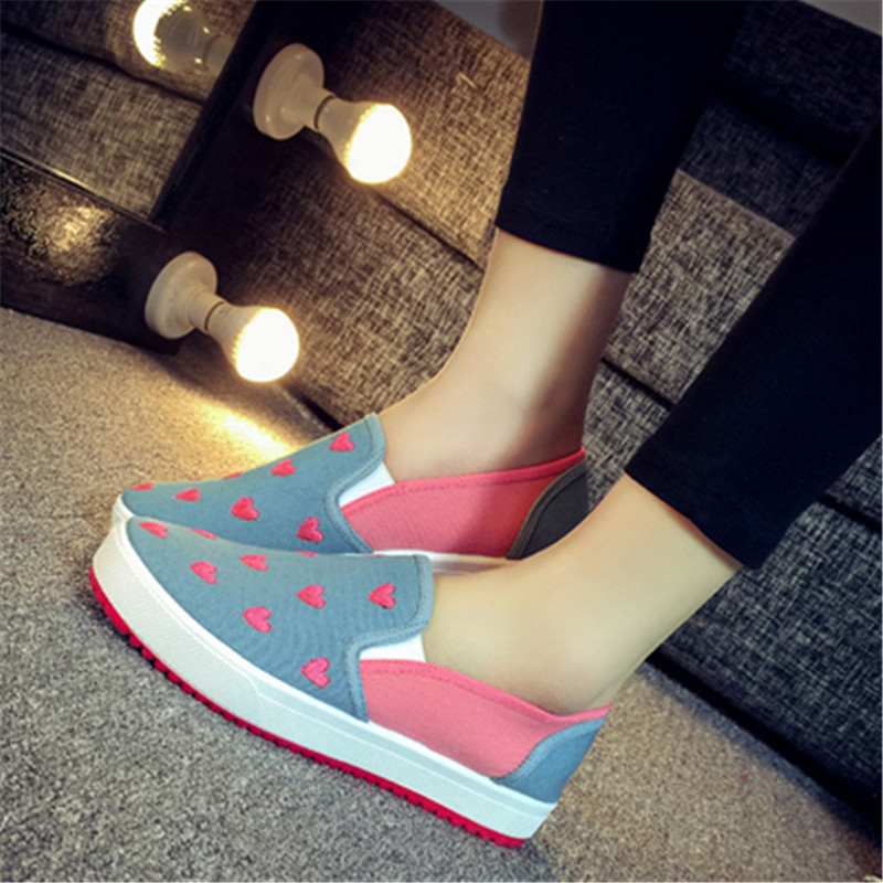 Hot sale Spring autumn woman Light shoes mujer Slip-On fashion canvas shoes ladies flats candy color zapatos Casual shoes<br><br>Aliexpress